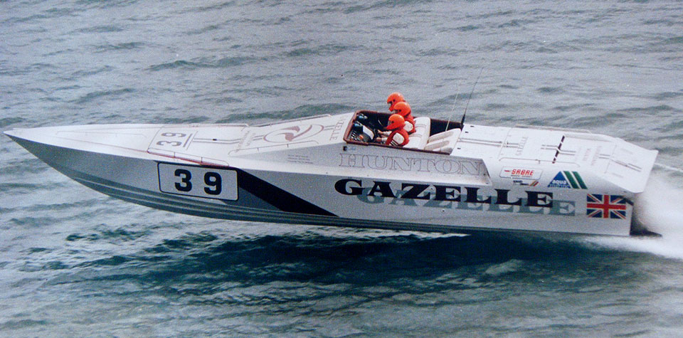 Gazelle 39 racing boat